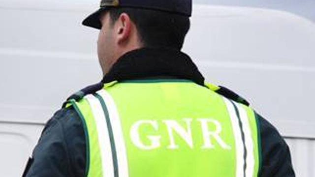 GNR detém suspeito de agressões a filha e mulher em Porto de Mós