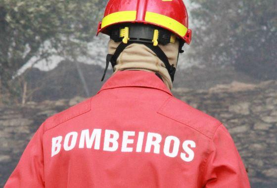 Fogos florestais em Ansião e Pombal mobilizam mais de duas centenas de bombeiros