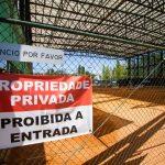Dono de terreno volta a interditar acesso a campos de ténis em Leiria