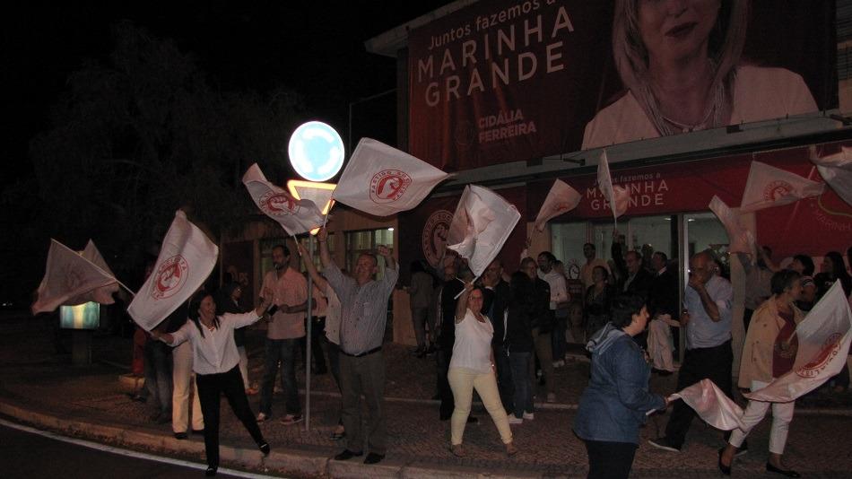Marinha Grande: socialistas fazem a festa nas ruas