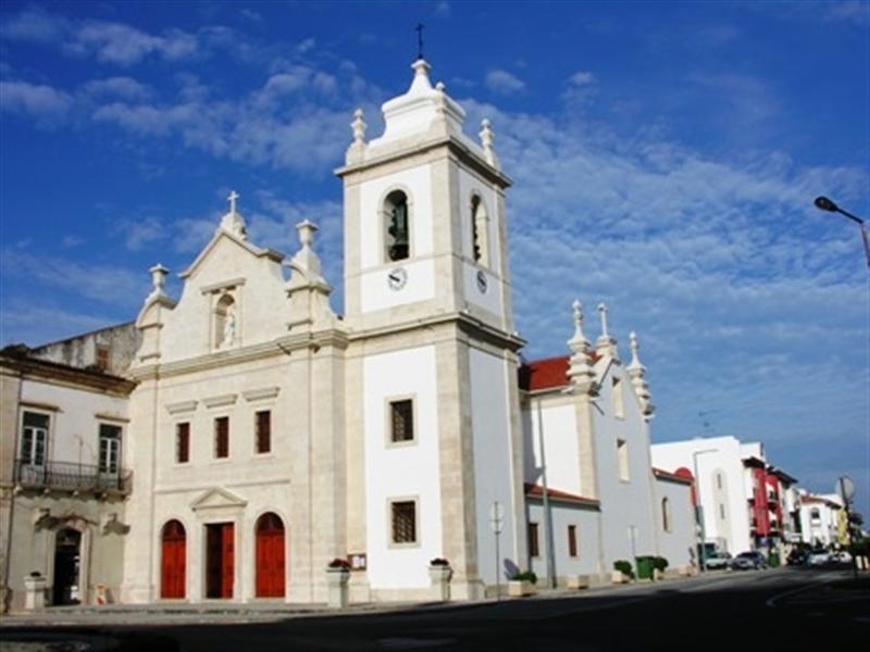 Livro desvenda história de antigo convento dos Agostinhos Descalços de Porto de Mós