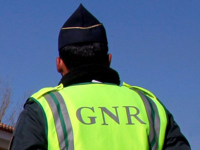 GNR de Leiria detém suspeito de agressões a mulher grávida