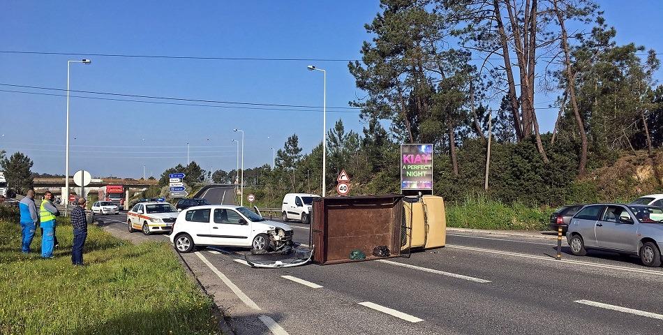 Acidentes condicionam trânsito no IC2 em Leiria e Pombal