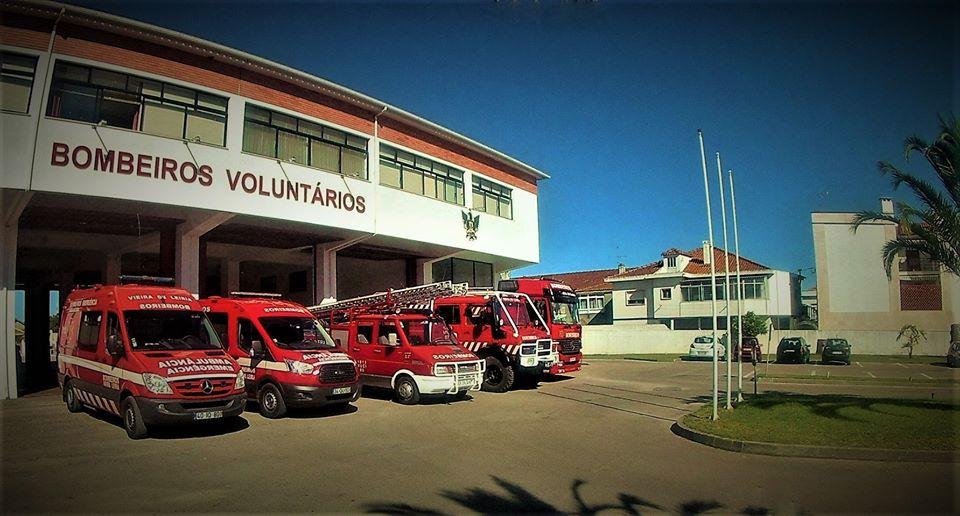 Resultado de imagem para Bombeiros Voluntários de Marinha Grande e de Vieira de Leiria