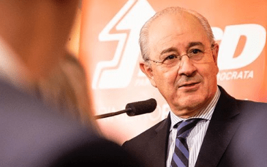 Rui Rio reeleito presidente do PSD. Leiria votou de novo Montenegro