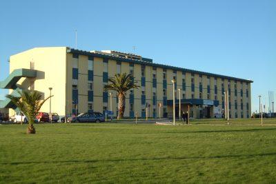 Imagem do exterior do hospital de peniche