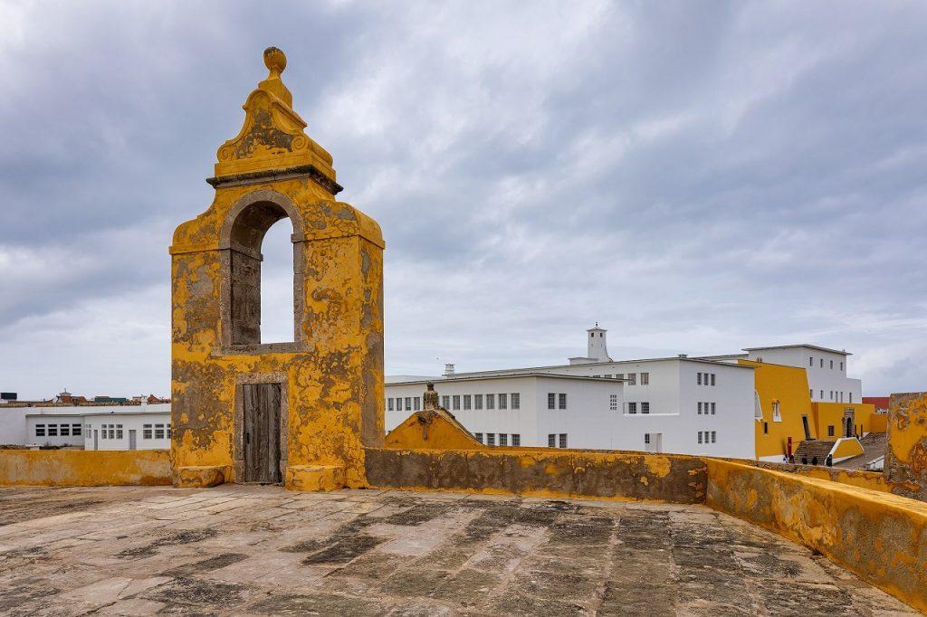 Imagem do interior da Fortaleza de Peniche