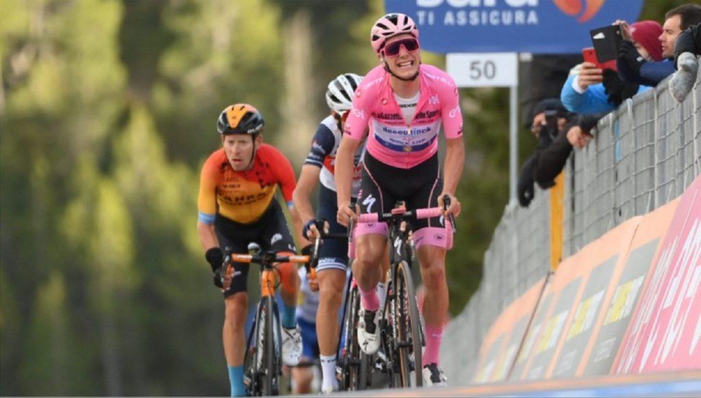 Ciclista joao almeida