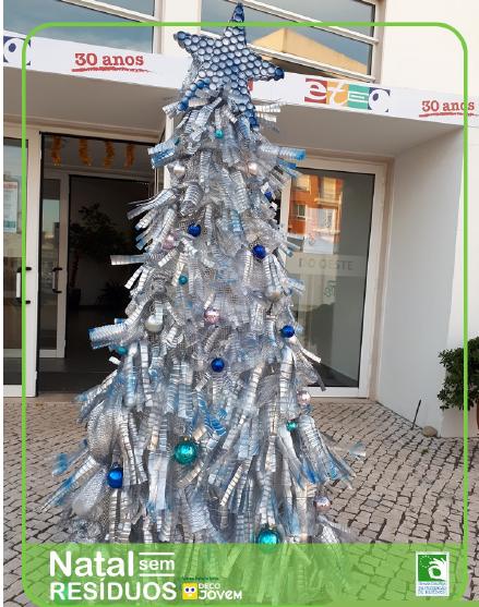 Árvores de natal sustentável, feito pela ETEO