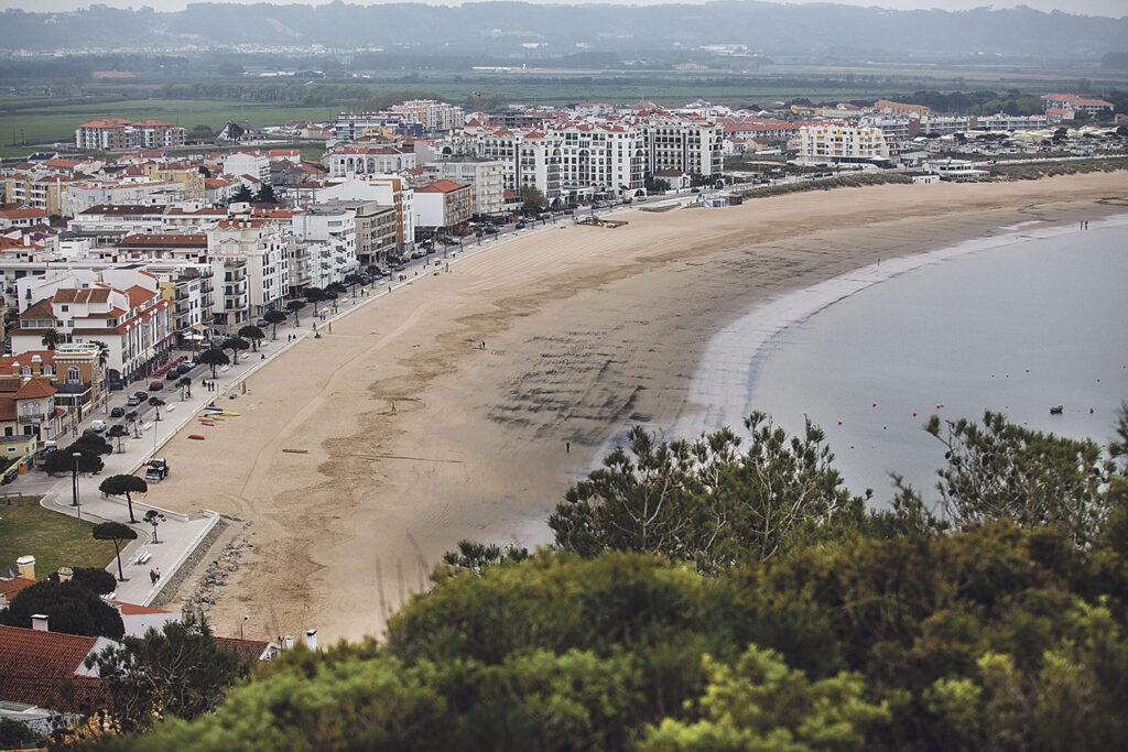 Vista aérea da praia de São Martinho do Porto