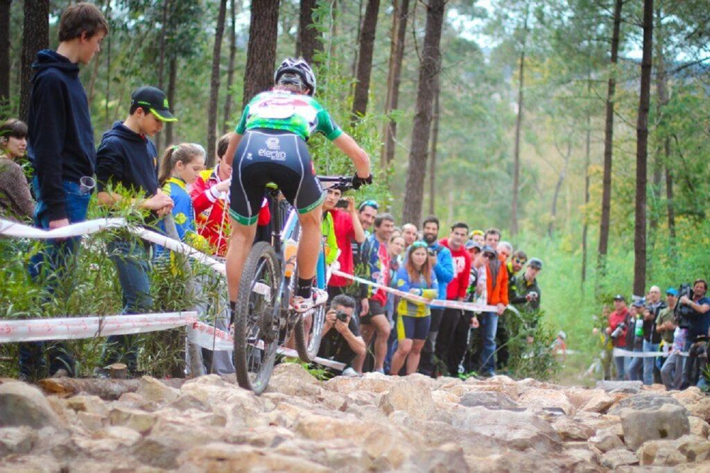 ciclista na prova internacional XCO marrazes